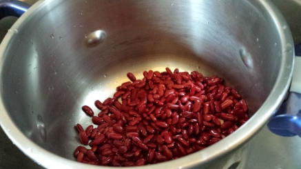 2. Put the beans in the pot. Then, cover the beans well with water. Let them soak overnight. Yes, overnight.